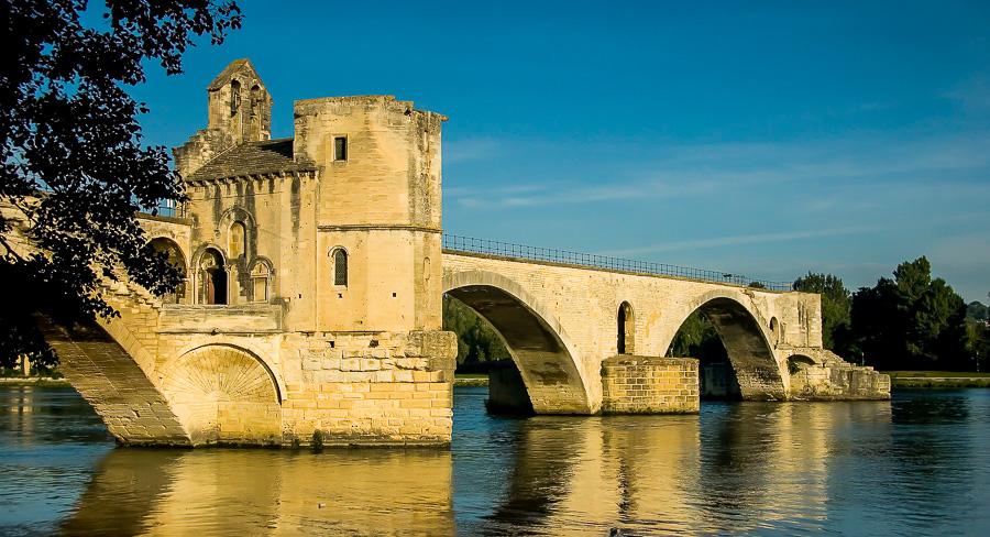 Bénezet e la leggenda del ponte