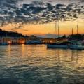 alba nel porto d'Ischia